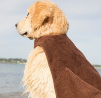 Adventure Cape Towel, Brown Bruin