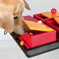 Trixie Dog Activity Poker Box 1  Zwart 31x31 cm