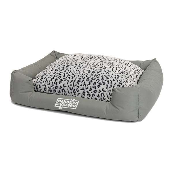 "Pakmas ""Oeko-Bed"" Double-Sided Dog Cushion in Plush"