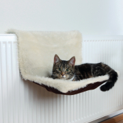 Radiator Bed Long-Haired Plush / Suede Look Trixie Cat sleeping baskets & bags Top quality. Get your discount now!