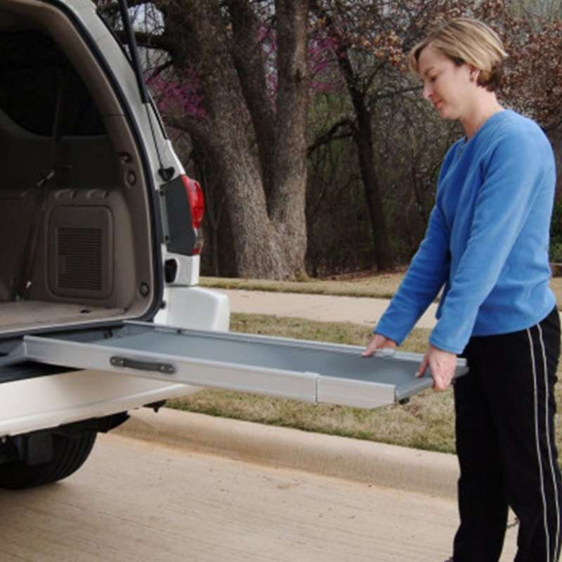 PetSafe Solvit Deluxe Telescoping Pet Ramp  M Grijs